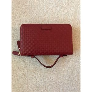 New Gucci Guccissima double zip Travel Wallet!